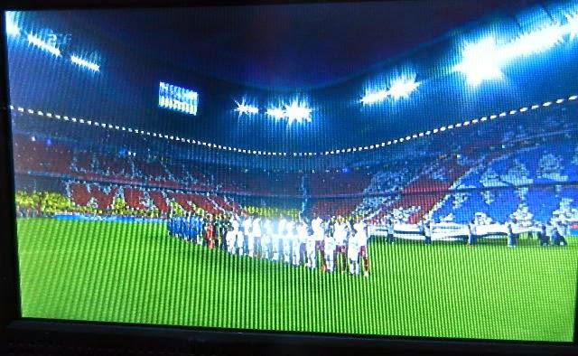 http://www.rp-online.de/sport/fussball/champions-league/gigantische-choreo-bei-fc-bayern-muenchen-gegen-real-madrid-bid-1.4208021