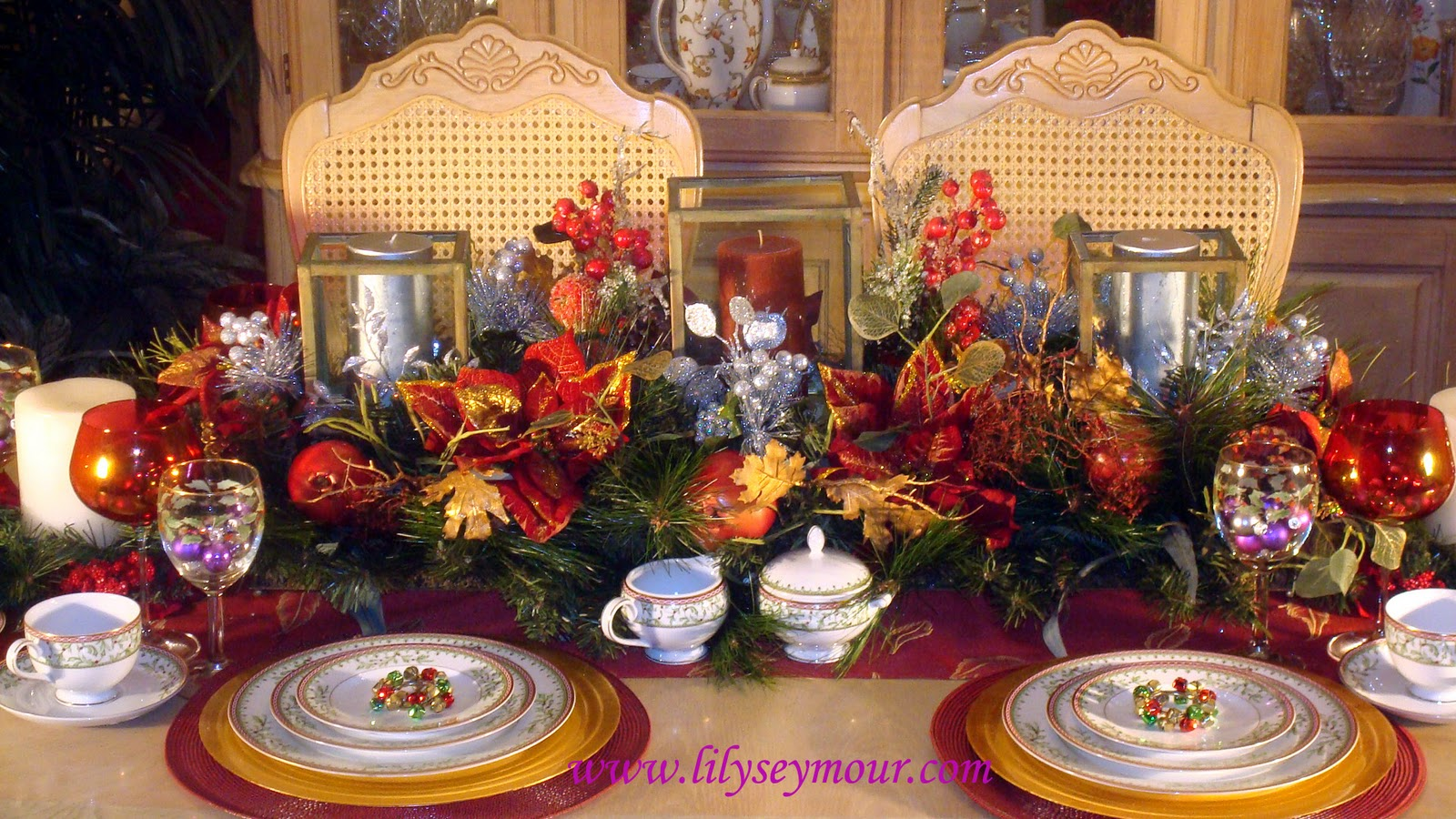 Fun fierce fabulous beauty over 50 holiays dining room for Pier 1 dining room centerpieces