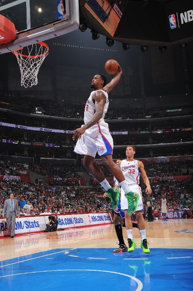 DeAndre Jordan dunk against the Knicks