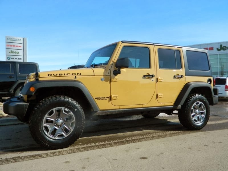 we have another Jeep Wrangler Rubicon model, this time in the color