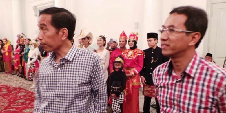 Jokowi Diary JokowiAhok Pakai Baju Kotakkotak