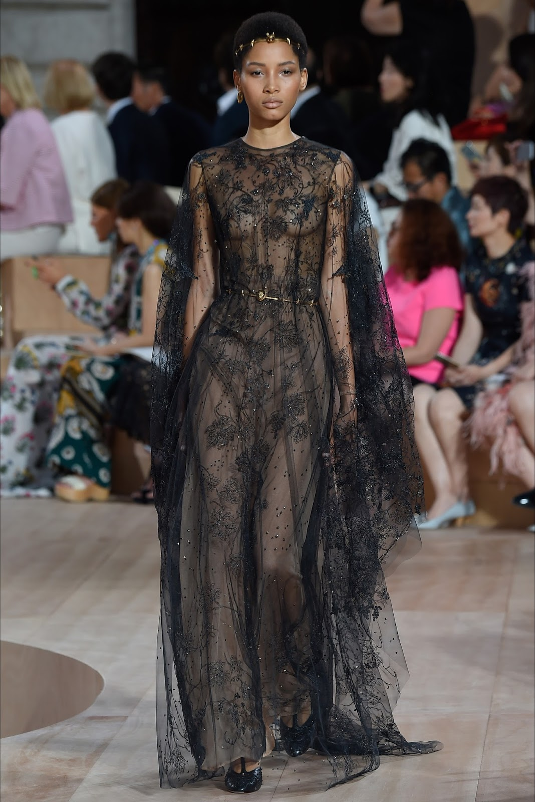 Valentino haute couture ii july 16 2015 zsazsa for Haute couture definition