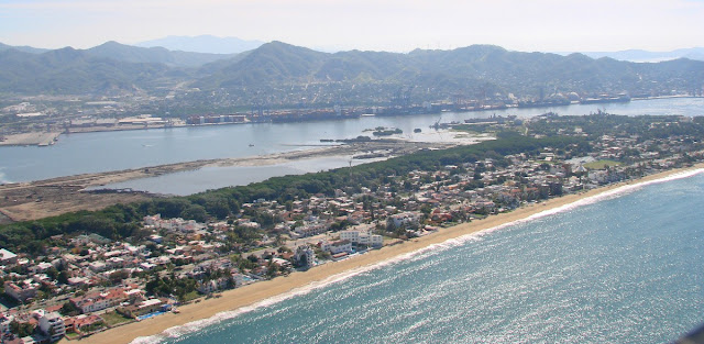 Visita playas de Manzanillo