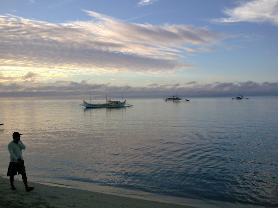 The sea of Laiya Aplaya