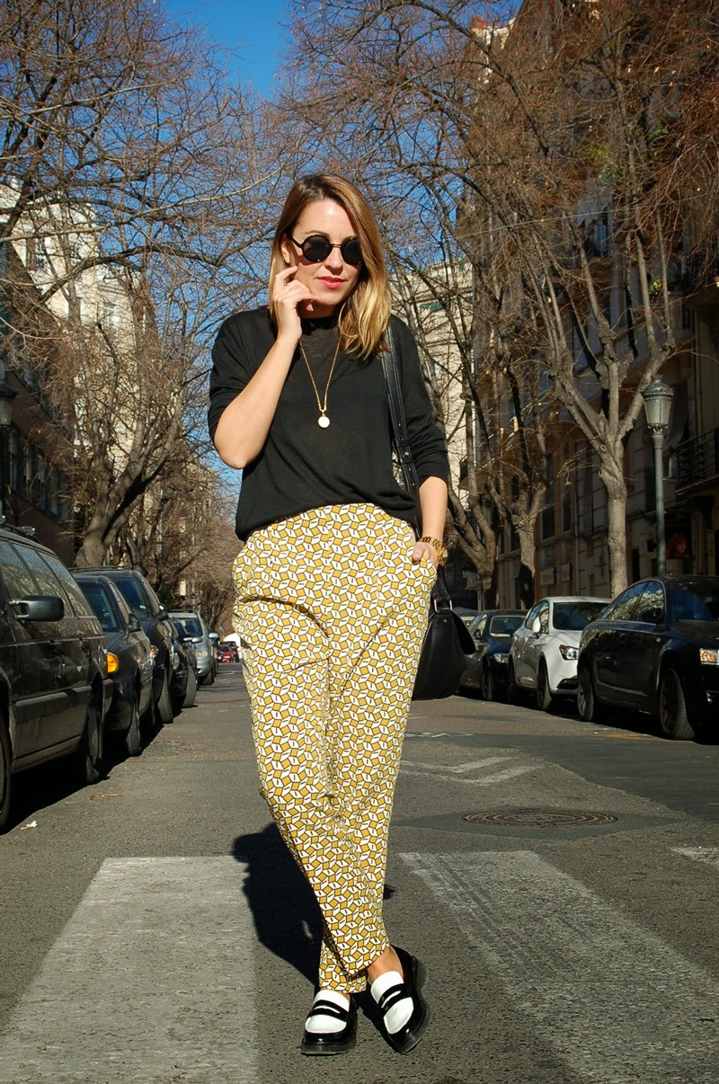 geometric print pants littledreamsbyr