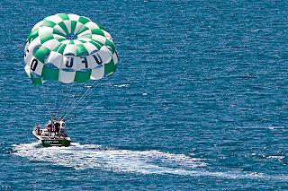 lahaina parasailing
