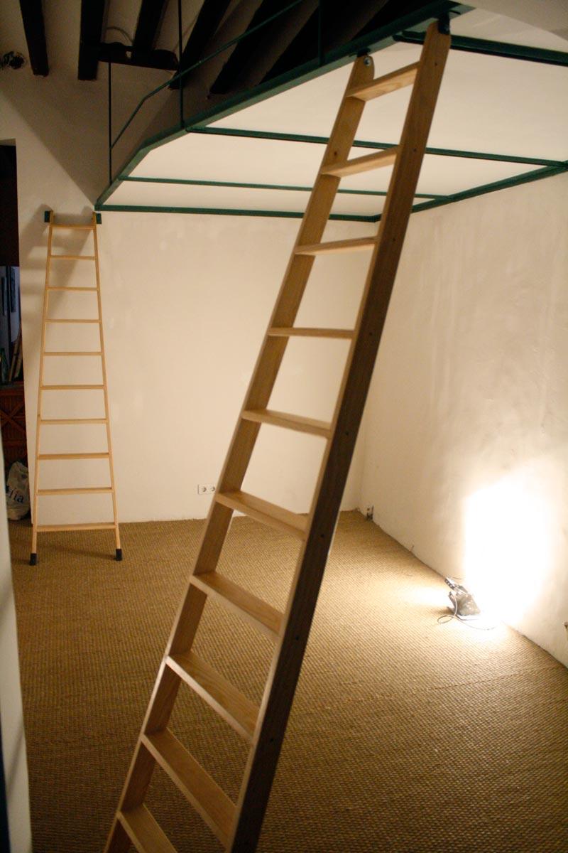 Supermanitas altillo barato fino sin pilares y sin obra for Escaleras para altillo