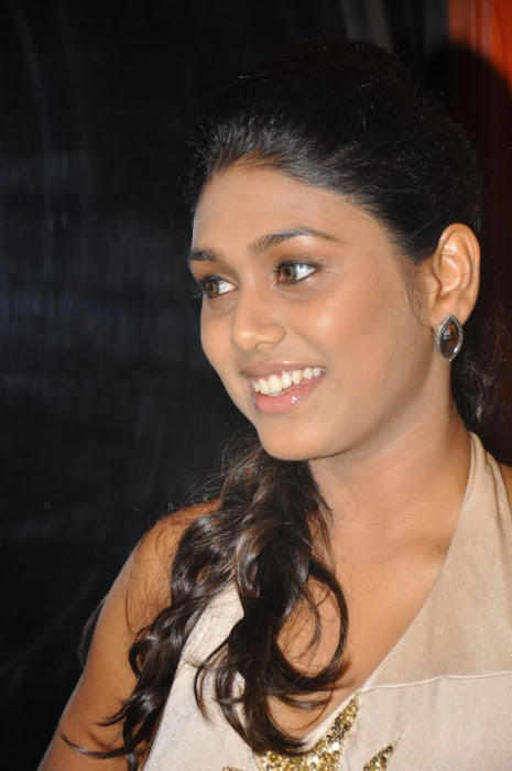 manisha new actress pics