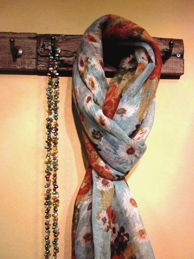Fulares de lino, seda y otros tejidos, en VYP Regalos, Palma.