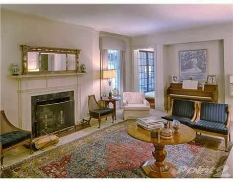 http://www.trulia.com/property/3131213531-215-Lee-Blvd-Savannah-GA-31405