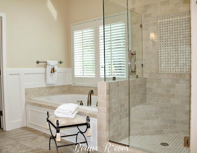 Beaux r 39 eves glam master bath remodel for Crema marfil bathroom designs