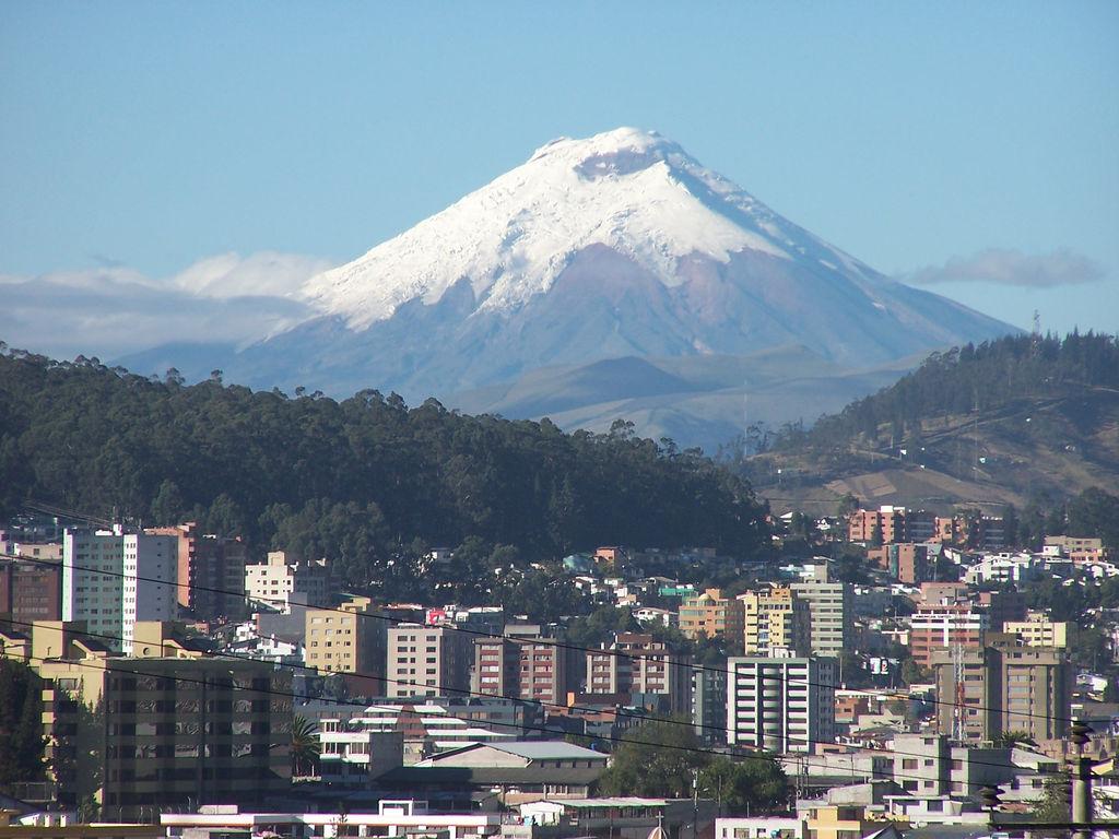 volcan cotopaxi: