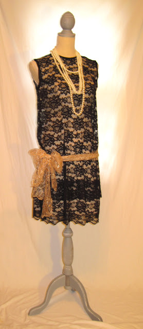 Gatsby era style woman's 1930's fashion dress