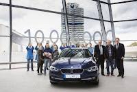 Livrarea modelului BMW Seria 3 Sedan cu numărul 10 milioane la BMW Welt din München