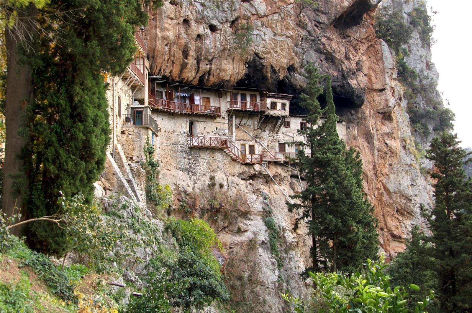 Αποτέλεσμα εικόνας για monasteries lousios gorge