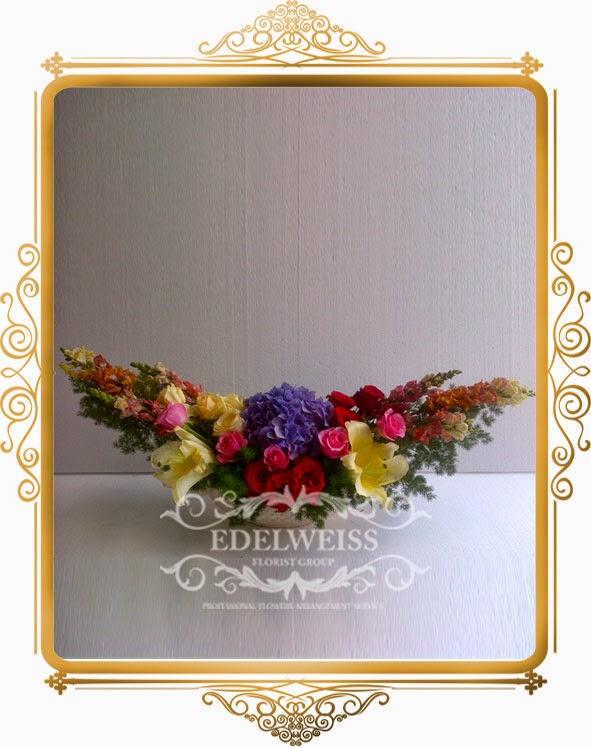 rangkaian bunga meja bagus & elegant
