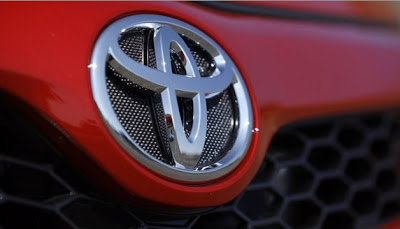 Toyota settles first wrongful death suit related to unintended acceleration