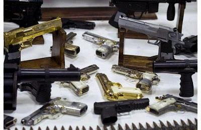 Más pistolas de las que podrías imaginar. El Chapo Guzman