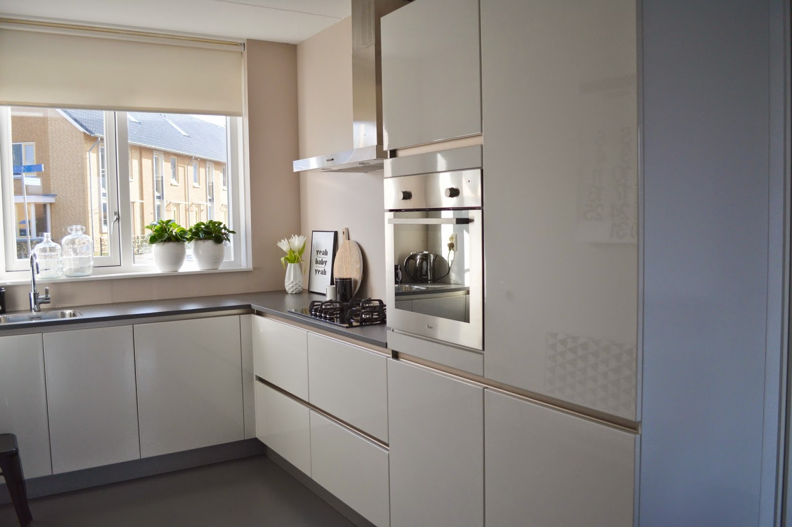 Saved with style interieur een kijkje in ons huis 1 keuken - Keuken ontwikkeling in l ...
