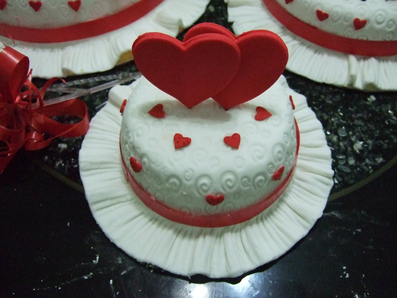 homemade fondant cakes 3 tiers Heart & Heart wedding cakes