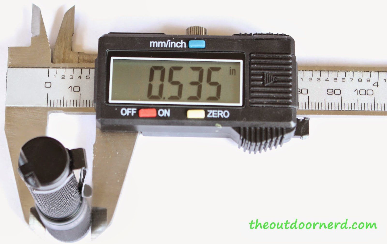 Thrunite Ti3 1xAAA EDC Flashlight: Caliper Measurement 2