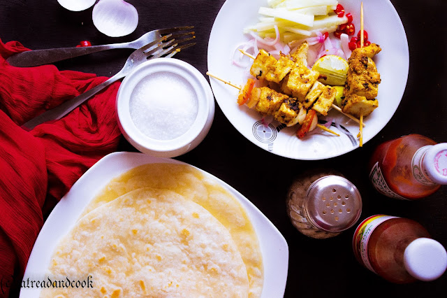 how to make paneer tikka kathi roll