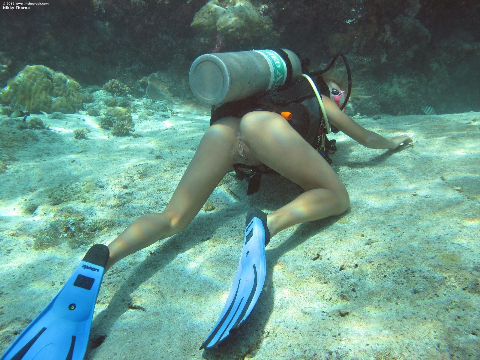 Фото пизды под водой 12 фотография