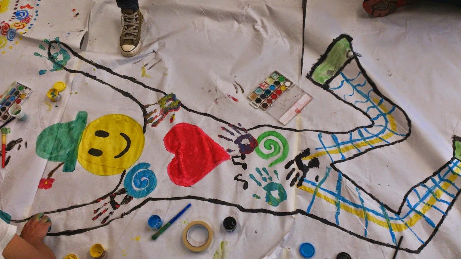 Arteterapia y ludoterapia for Materiales para pintar un mural
