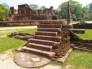Steps leading to no-where with Polonnaruwa Vatadage in the distance