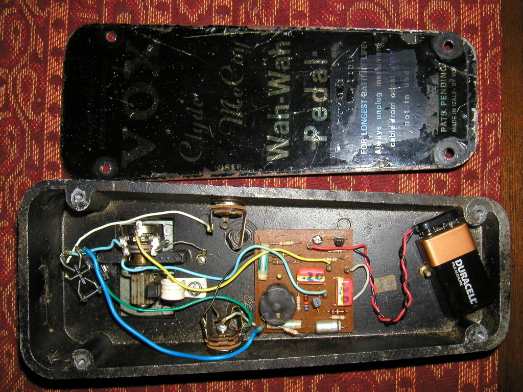 Clone besides Index php furthermore Three Phase Rectifier Circuit moreover Clock Of Tone 50 Modifed Cot50 as well Adding Bass And Treble Control To Existing Schematic. on treble booster schematic