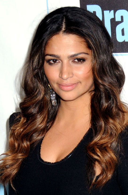 Camilla Alves looks stunning with a warm brown ombre.
