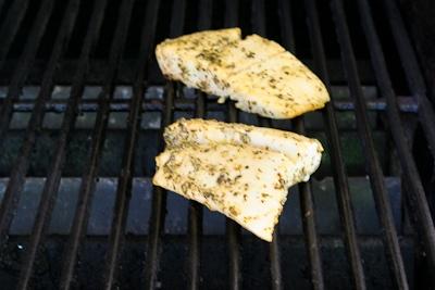 how to use lemon pepper seasoning on fish