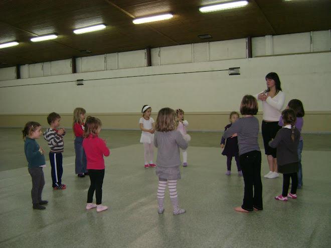 Cours de danse créative 4 et 5 ans