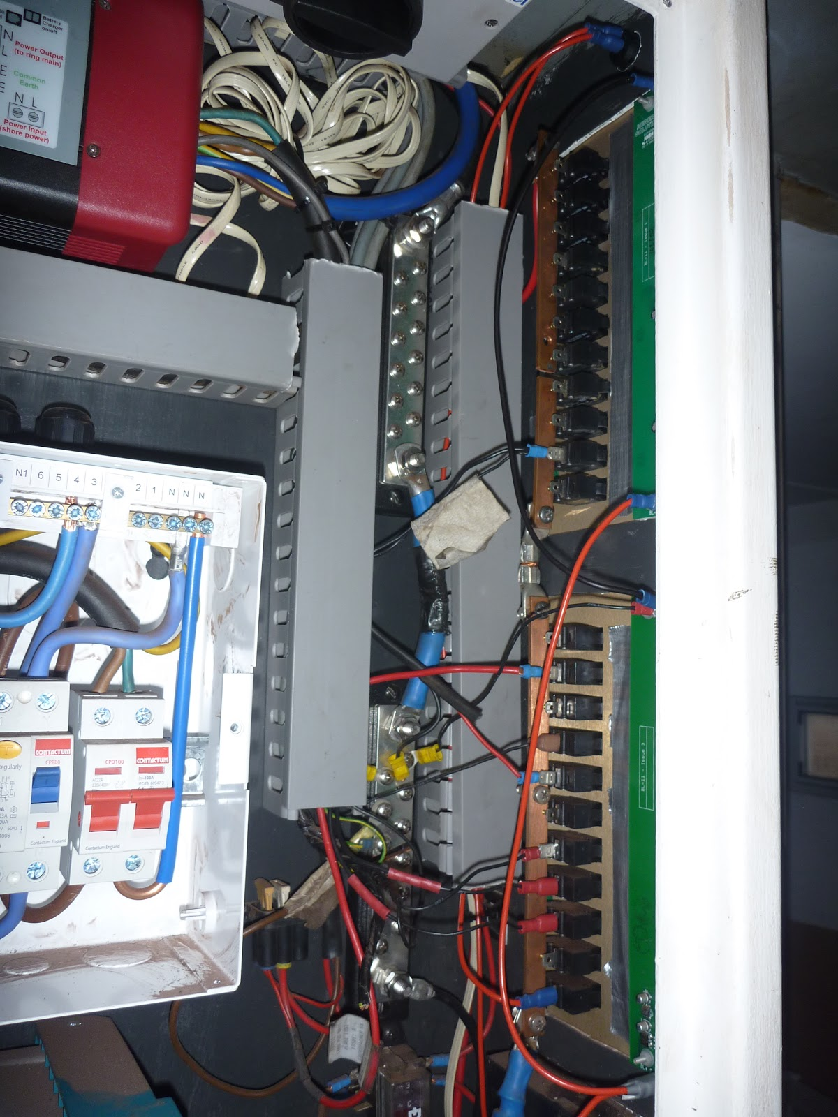 Messy Truck Electrical Wiring Wire Data Schema Connecting Logisty Daitem Intercoms To Cb1 Control Panel Jim The Tidying Up Dc Power Distribution Properly A Breaker