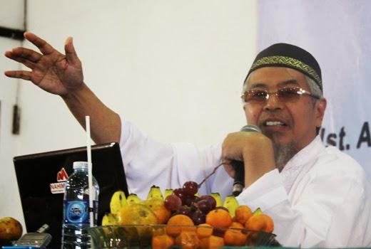 """Ust. Hartono Ahmad Jaiz : """"Syiah Adalah Bahaya Total"""""""