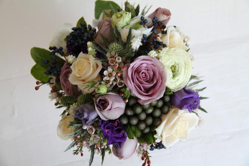 Vintage Wedding Flowers For Tables : Vintage wedding bouquet top table design