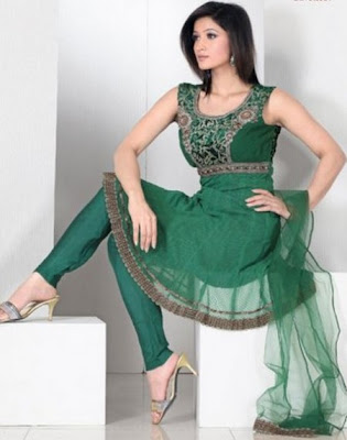 Latest Fashionable Frocks Designs 2013 For Girls