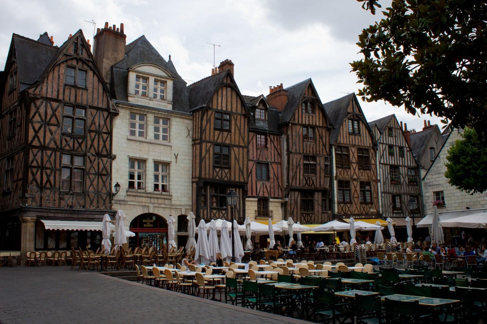 Tours France  city photo : TOP WORLD TRAVEL DESTINATIONS: Tours, France