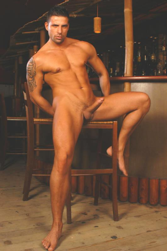 Nude julian vincenzo