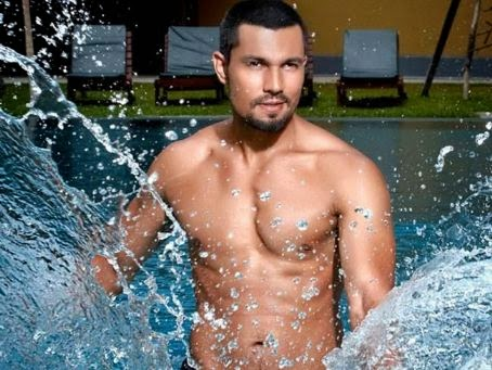 hot randeep hooda nude