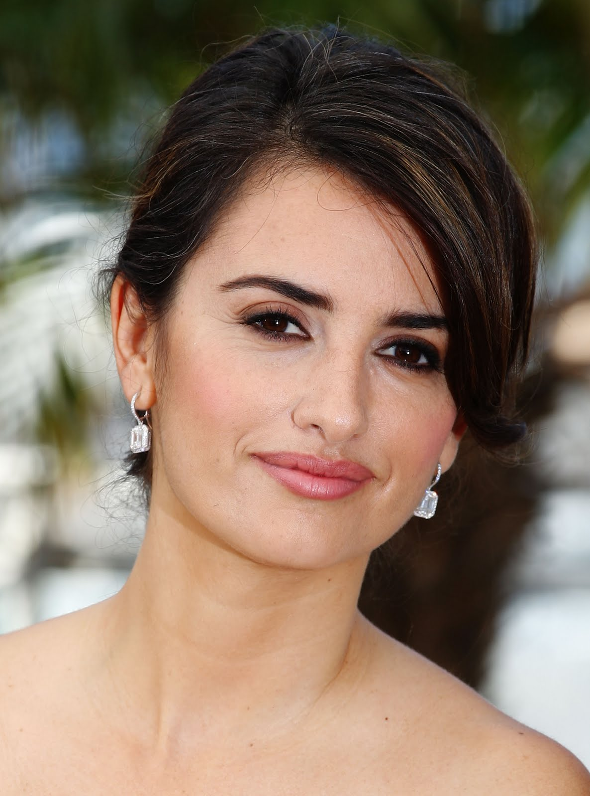 Fashionable Celebrity Hairstyle Penelope Cruz 41