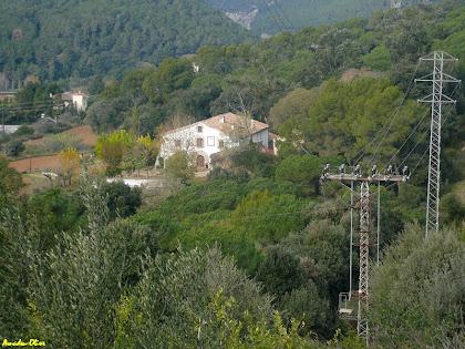 La masia de Ca l'Oliveró. Autor: Amadeu Olive