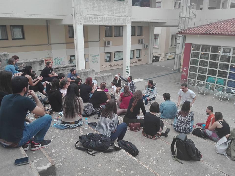 συζήτηση για το προσφυγικό στην κατειλημμένη ιατρικη