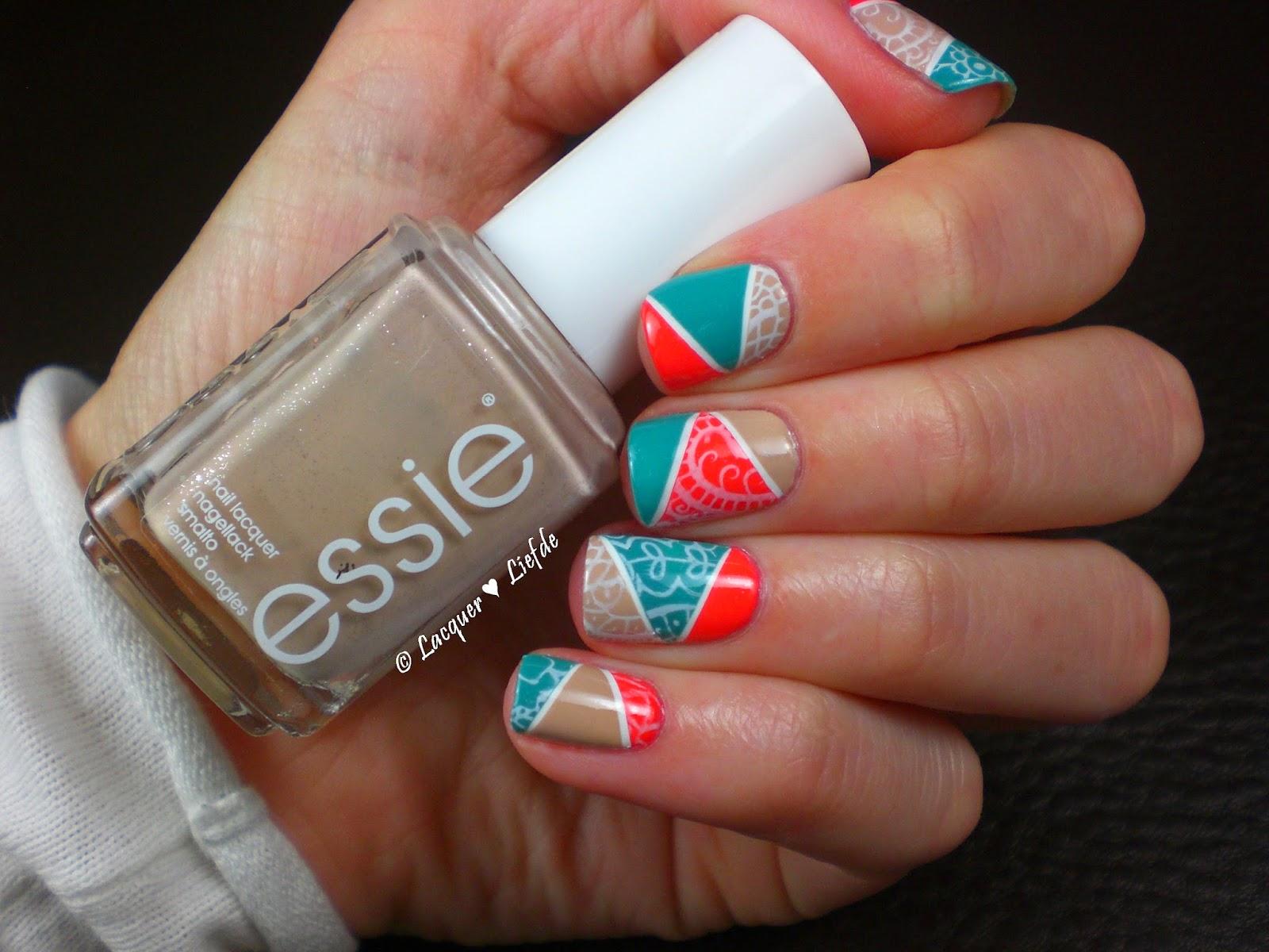 Essie Stamping Mosaik Design