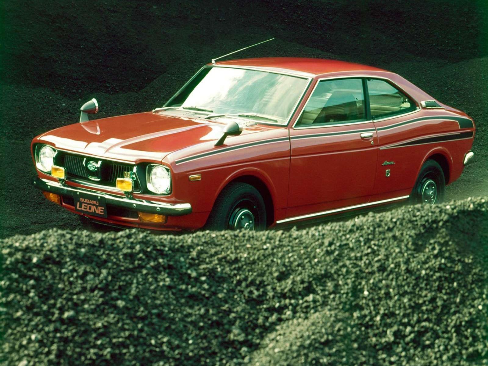 Subaru Leone: 7 фото.