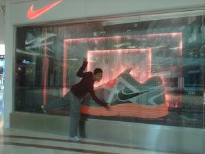 Hubby dengan Nike nyer..