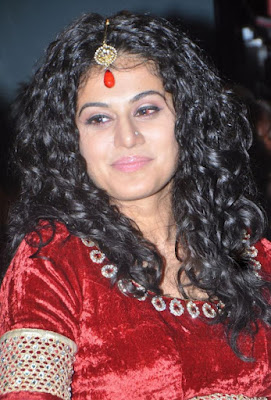 tapsee gorgeous at dharuvu audio launch