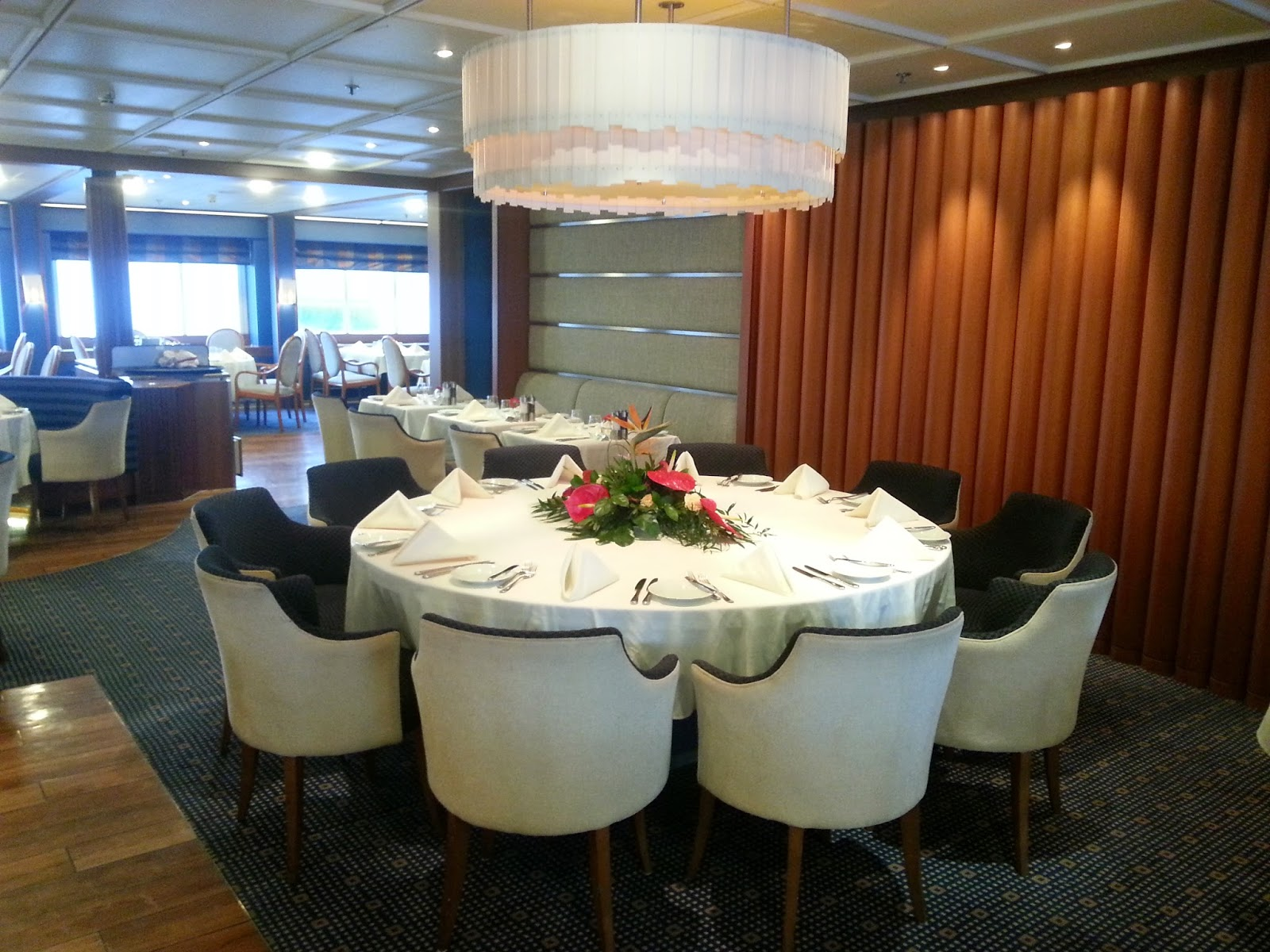 Cruise Ship Saga Pearl II - Main Dining Room, Captain's Table