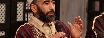 Adel Almi traite Hamma Hammemi d'un sous homme