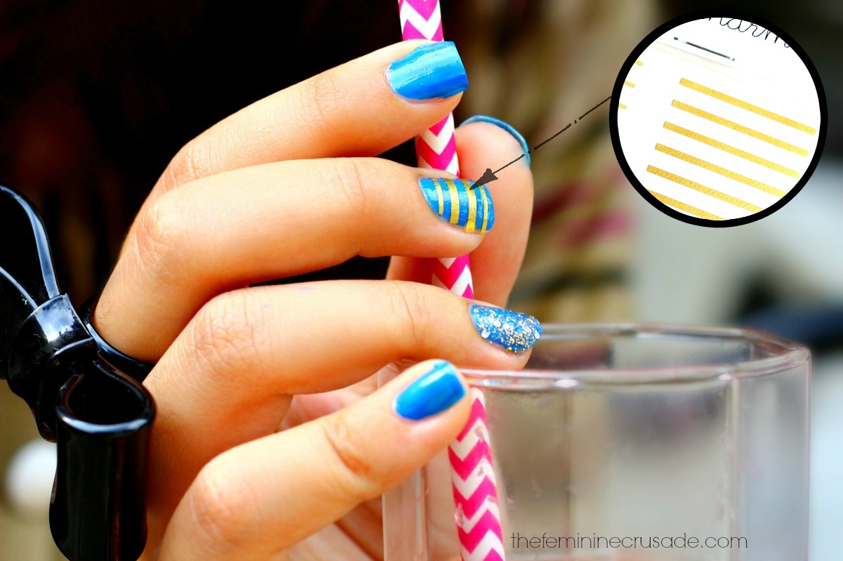 Demi Gold Stripes Nail Vinyls